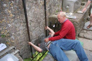 blarney_stone_kiss_800