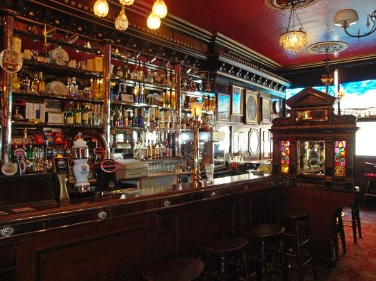Long Hall Pub 4